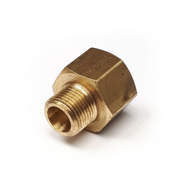 32000202  1/8 - 1/8 Male to Female Adaptor